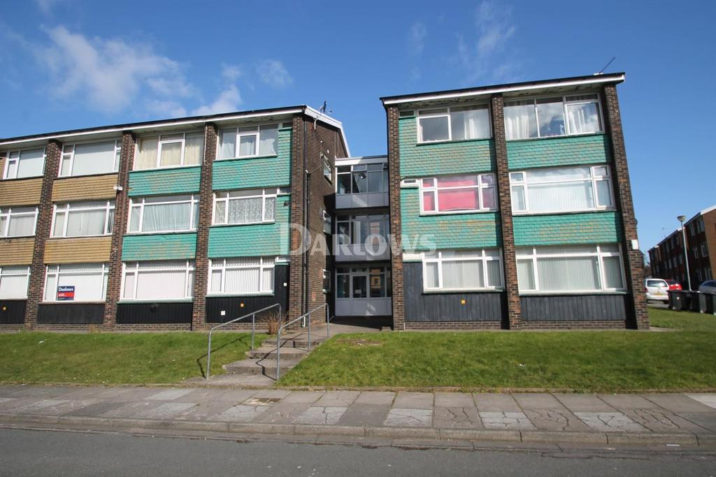2 Bedrooms Flat for sale in Kennerleigh Road, Rumney, Cardiff