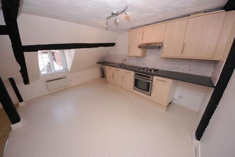 1 bedroom flat to rent - Flat 3, 15a Gabriels Hill , Maidstone