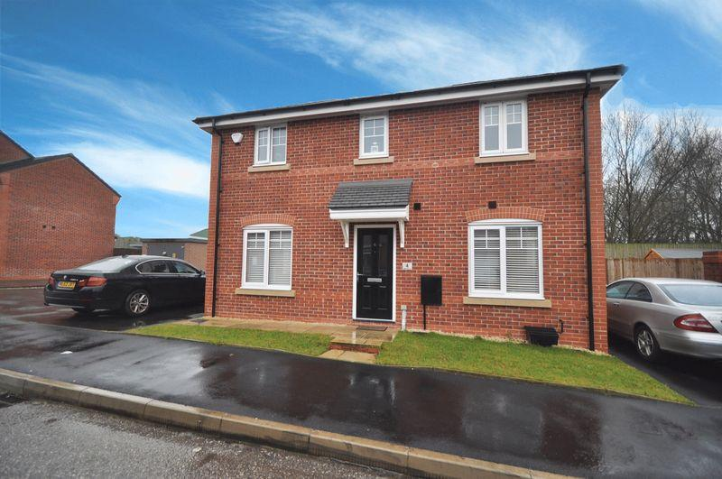 3 Bedrooms Detached House for sale in Adam Street, Heywood