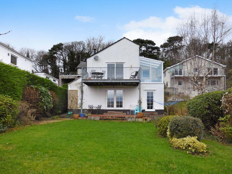 4 Bedrooms Detached House for sale in Menai Bridge