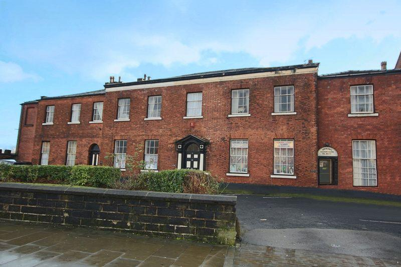 3 Bedrooms Terraced House for sale in Yorkshire Street, Rochdale OL16 2DL
