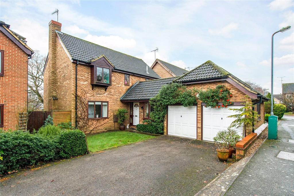 4 Bedrooms Detached House for sale in Farriday Close, Valley Road, St. Albans, Hertfordshire, AL3