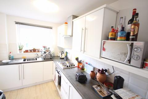 2 bedroom apartment to rent - Park Grange Croft,  Sheffield, S2