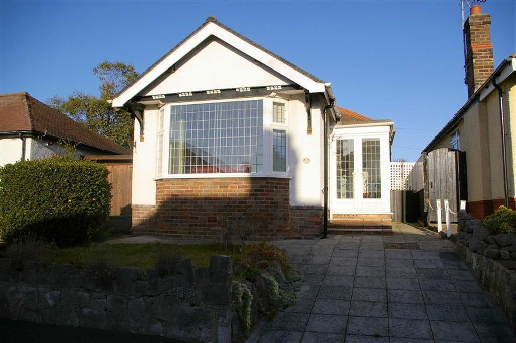 2 Bedrooms Detached Bungalow for sale in Rhyd Drive, Rhos On Sea, Colwyn Bay