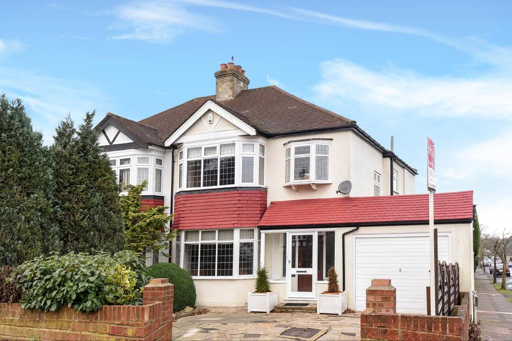 4 Bedrooms Semi Detached House for sale in Woodland Way, West Wickham, BR4