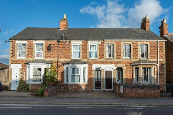 3 Bedrooms Terraced House for sale in Windmill Road, Headington, Oxford, Oxfordshire