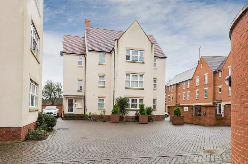 2 Bedrooms Apartment Flat for sale in Ock Bridge Place, Abingdon
