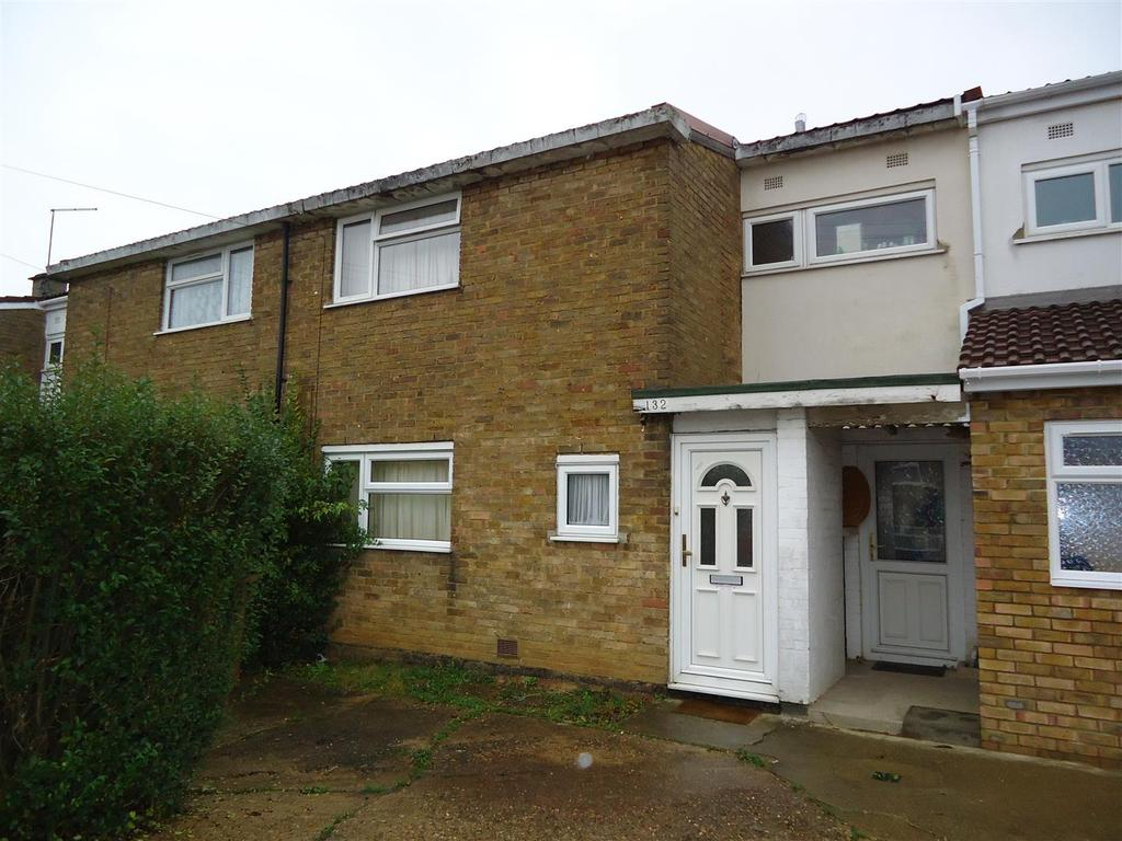 3 Bedrooms Terraced House for sale in Valley Way, Stevenage