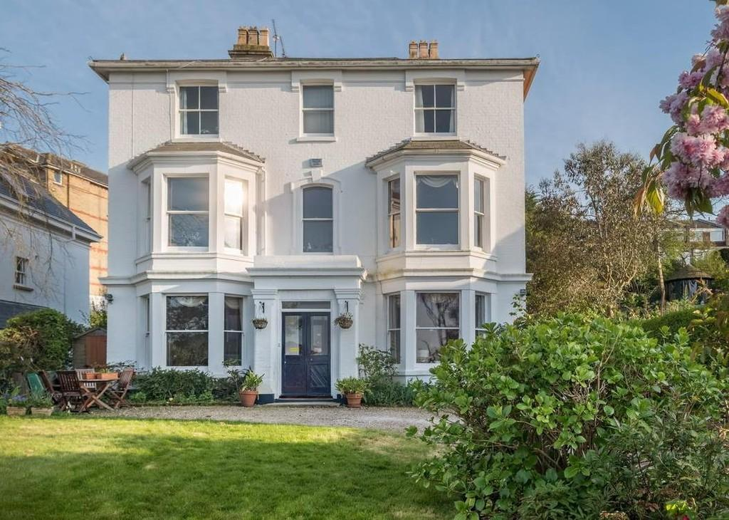 6 Bedrooms Detached House for sale in Cowes, Isle Of Wight