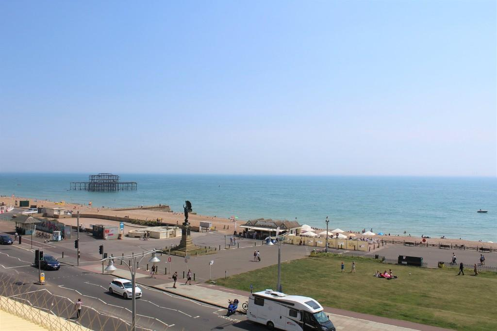 2 Bedrooms Apartment Flat for sale in Brunswick Terrace, Hove, BN3 1HL