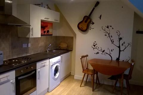1 bedroom flat to rent - Albany Road, Roath, Cardiff, CF24