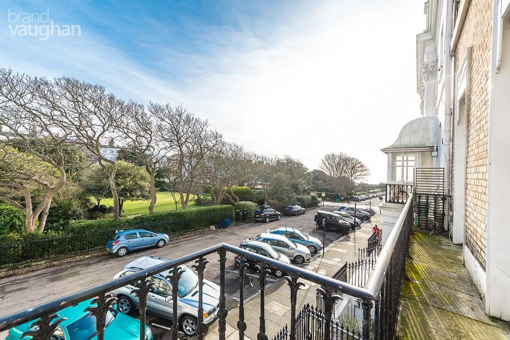 1 Bedroom Flat for sale in Sussex Square, Brighton, BN2