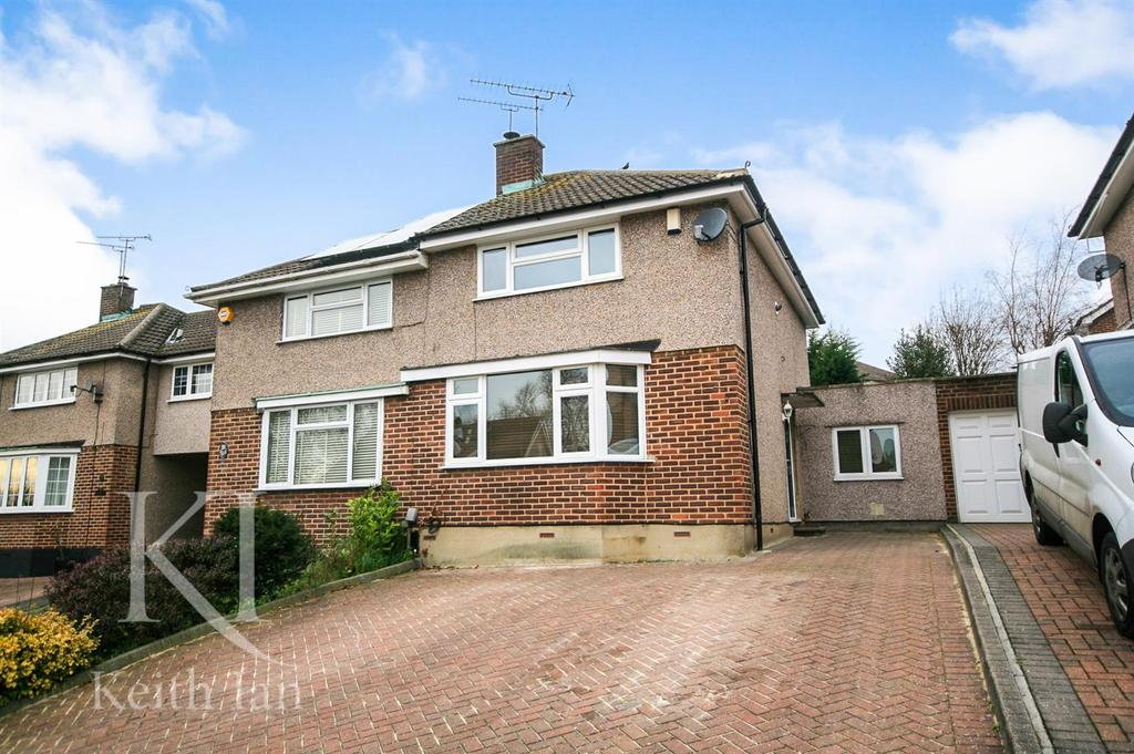 3 Bedrooms Semi Detached House for sale in Milton Road, Ware