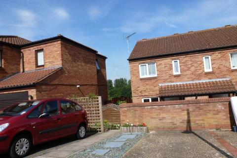 3 bedroom semi-detached house to rent - TWO MILE ASH - AVAILABLE 01/04/19