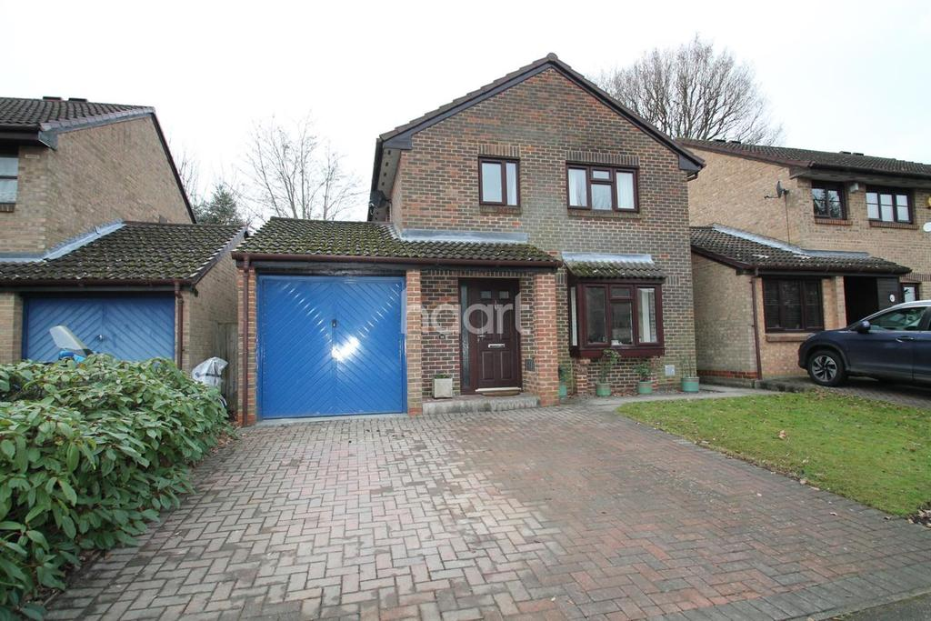 4 Bedrooms Detached House for sale in Fordwells Drive
