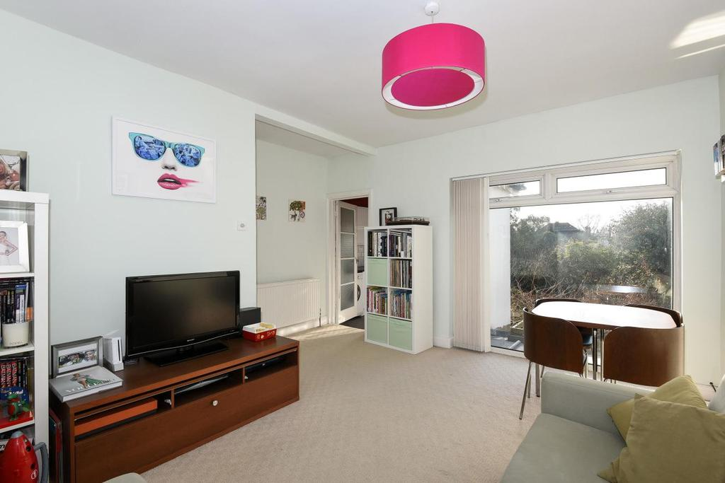 2 Bedrooms Flat for sale in Sunset Road, Camberwell, SE5