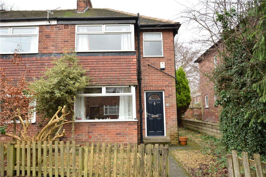 3 Bedrooms Town House for sale in Cliff Side Gardens, Leeds, West Yorkshire
