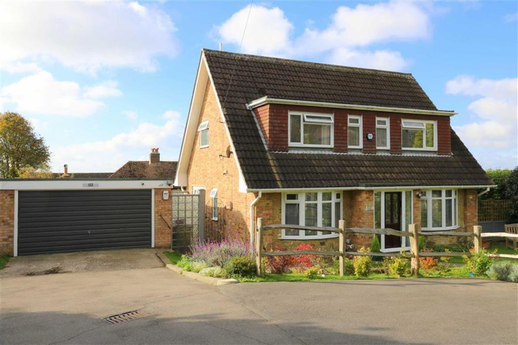 4 Bedrooms Detached House for sale in St Helens Down, Hastings