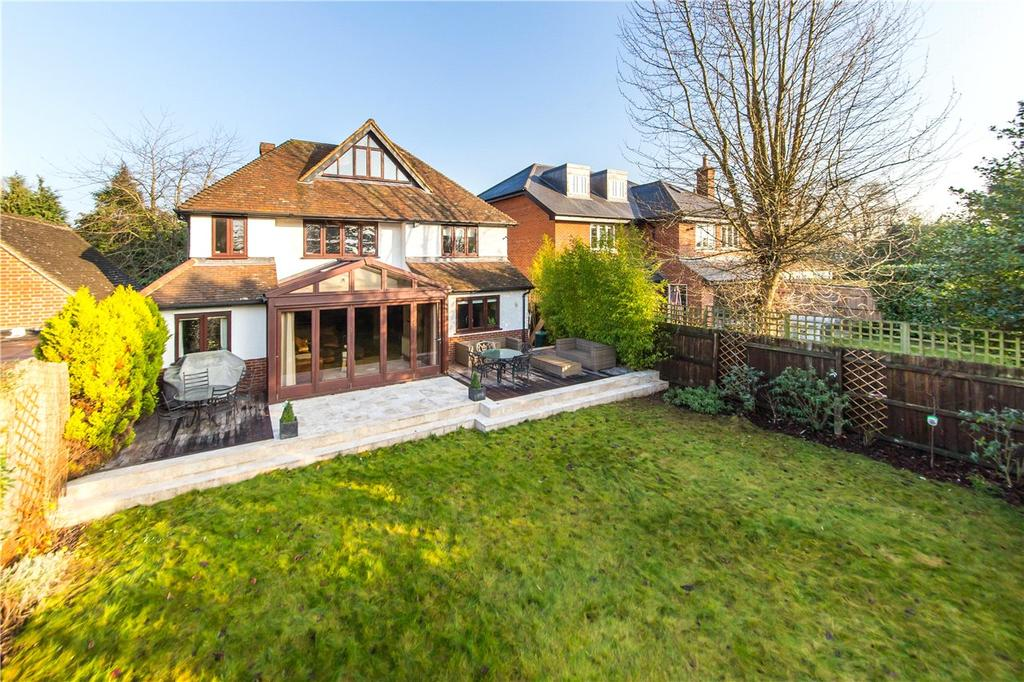 5 Bedrooms Detached House for sale in Midway, St. Albans, Hertfordshire