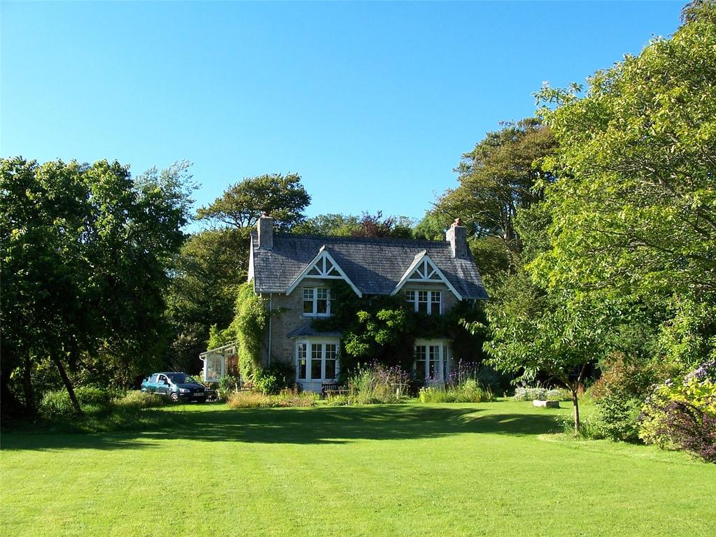 5 Bedrooms Detached House for sale in Yealmpton, Plymouth, PL8