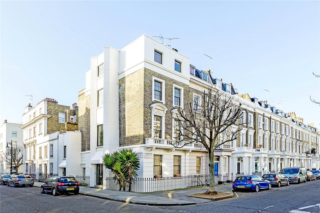 4 Bedrooms Flat for sale in Winchester Street, London