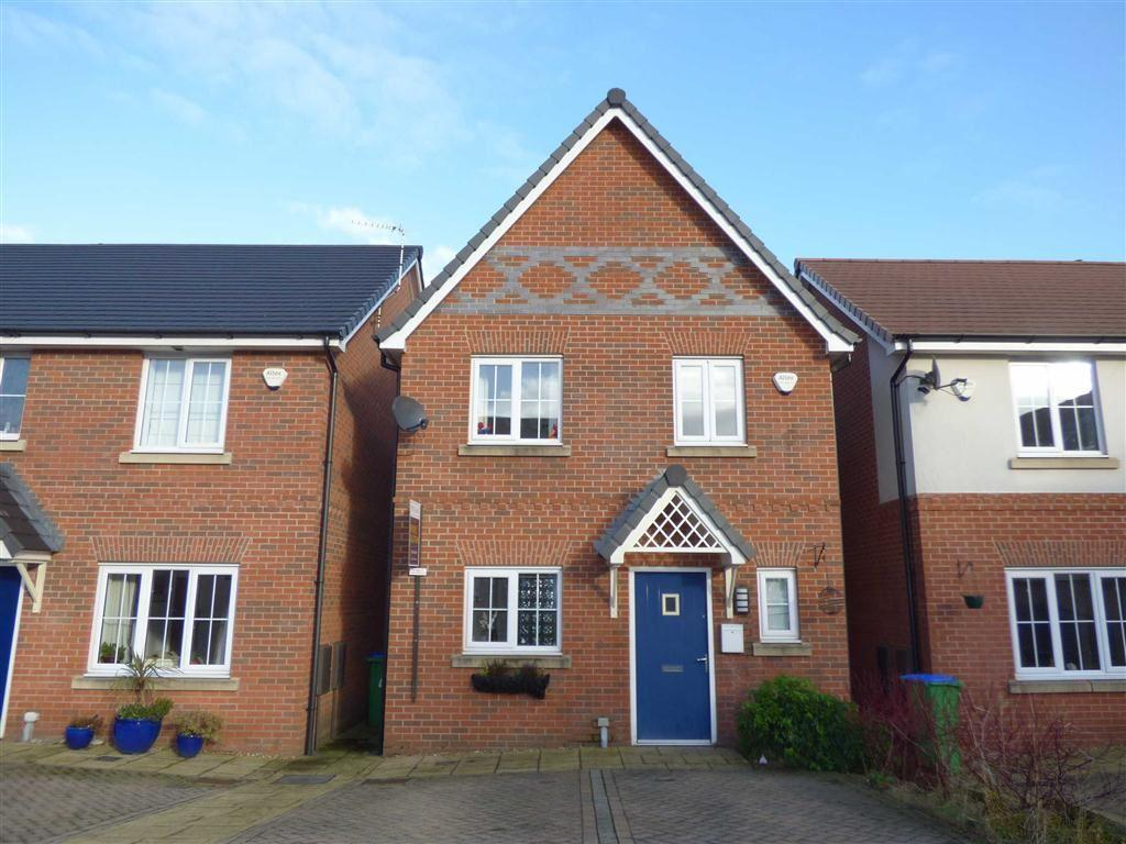 3 Bedrooms Detached House for sale in Trippear Way, HEYWOOD, Lancashire, OL10