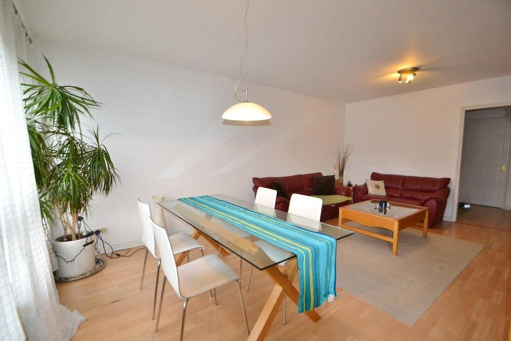 2 Bedrooms Flat for sale in Kinefold House, York Way Estate, London, N7