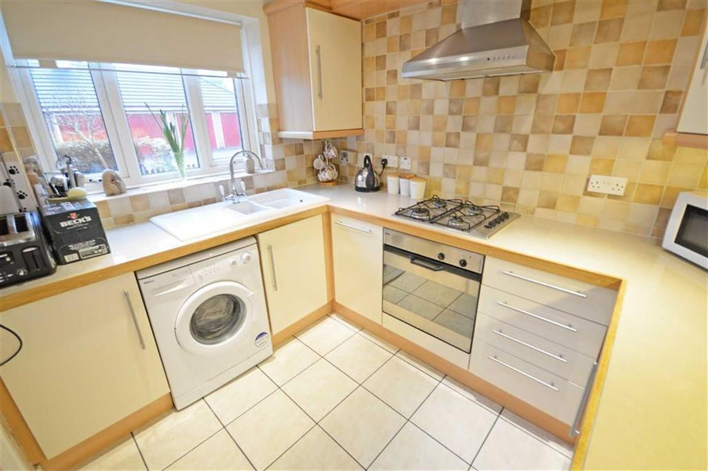 3 Bedrooms Mews House for sale in Buckwood Close, Hazel Grove, Cheshire