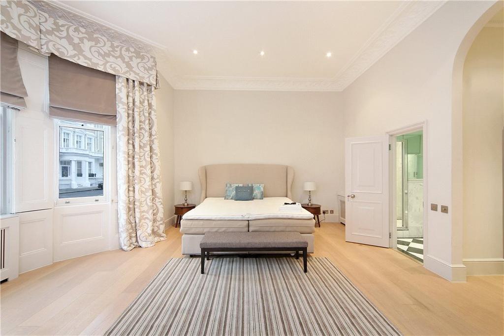 2 Bedrooms Flat for sale in Onslow Gardens, South Kensington, London, SW7