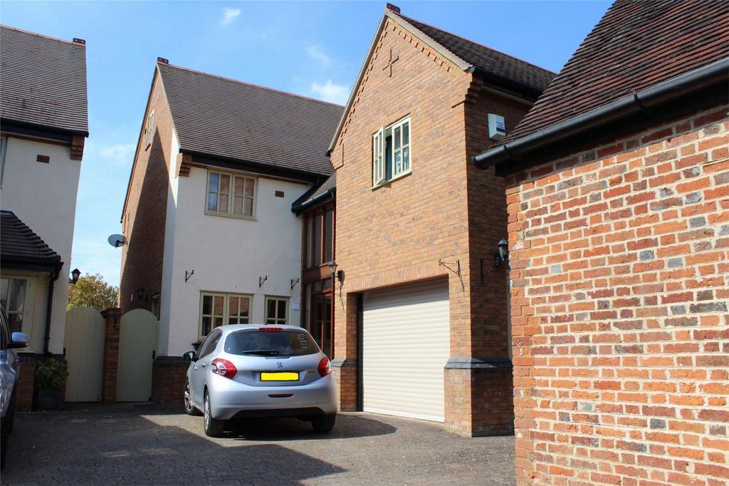 4 Bedrooms Detached House for sale in 3 Alexander Court, Whitehorse Street, Baldock, Hertfordshire