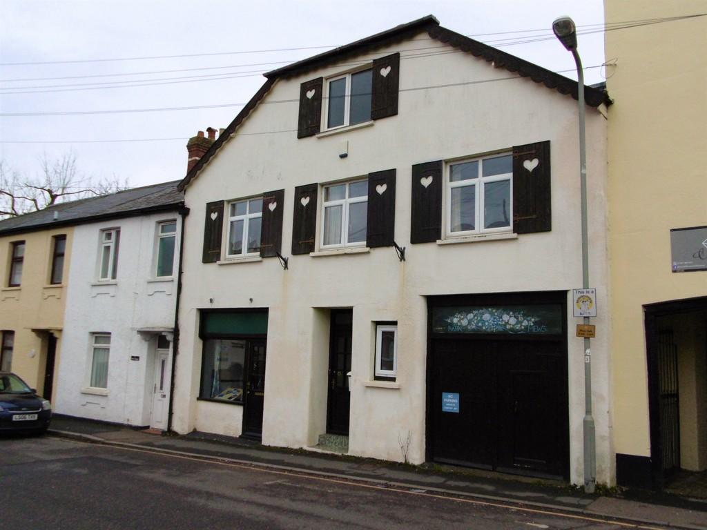 3 Bedrooms Barn Conversion Character Property for sale in King Street, Honiton