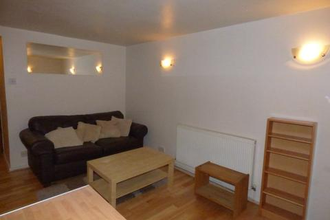 1 bedroom flat to rent - Oakley Grove, Beeston, LS11 5HU