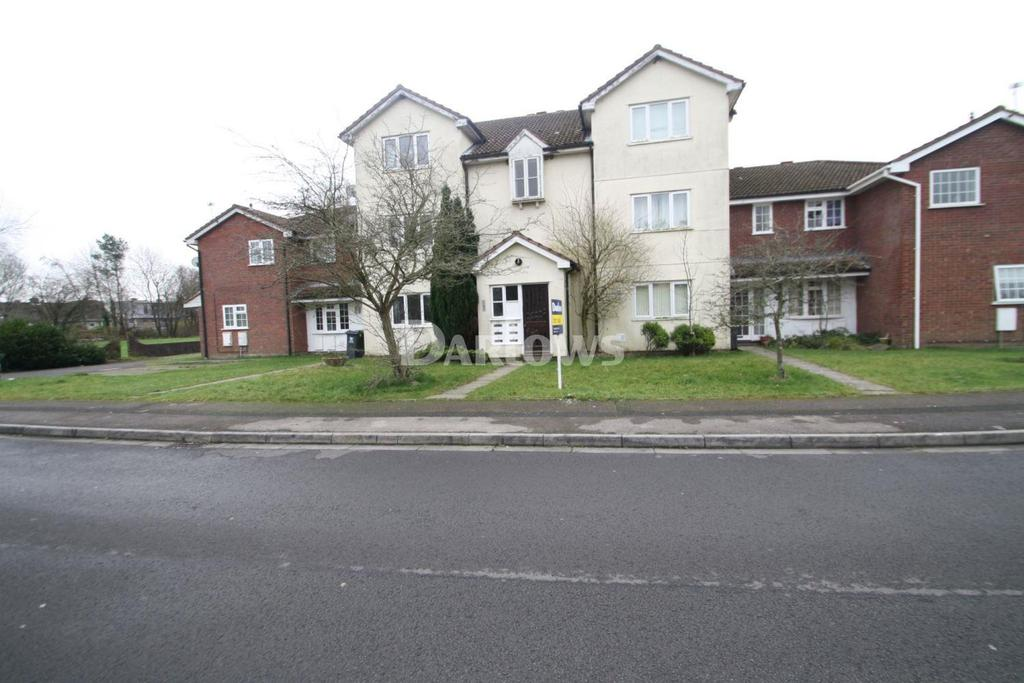 2 Bedrooms Flat for sale in Bishop Hannon Drive