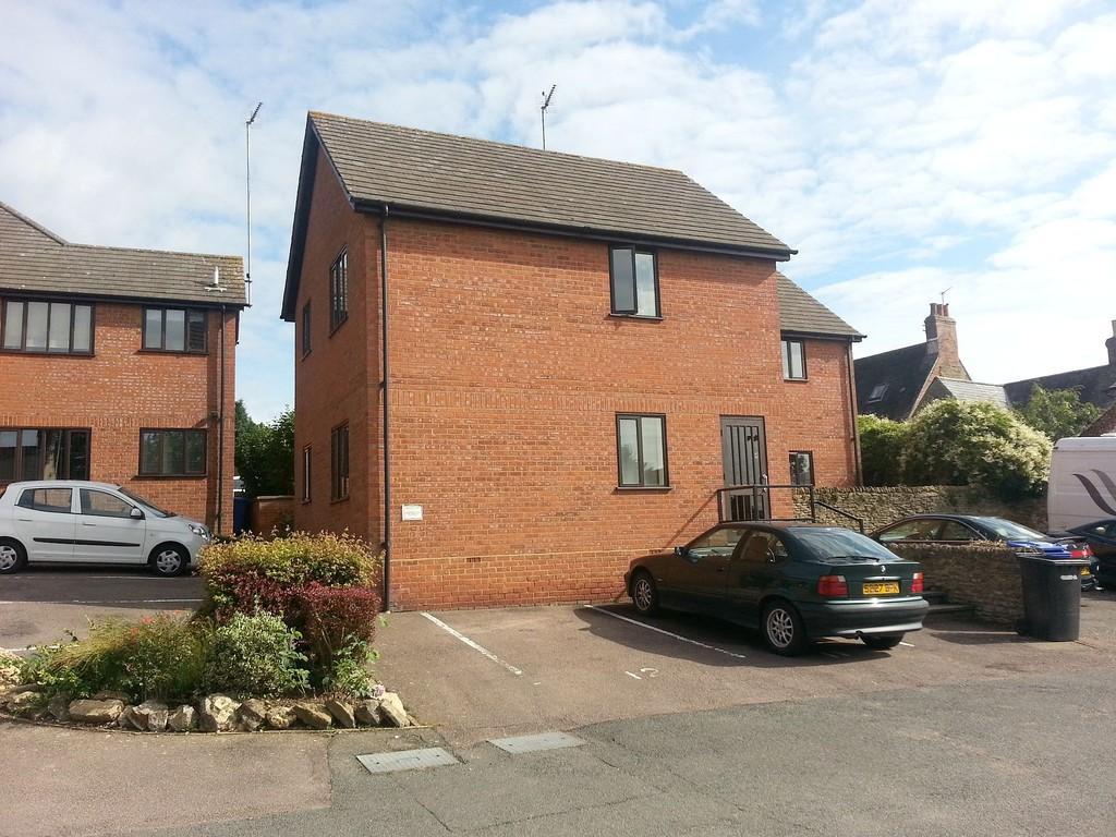 Studio Flat for sale in Goose Green, Brackley