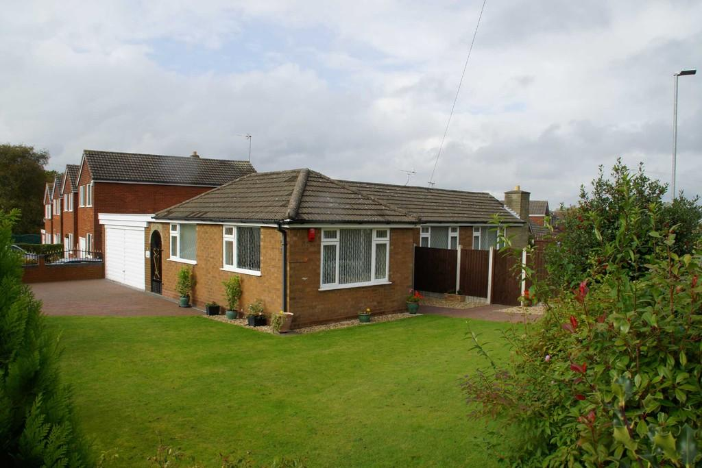 2 Bedrooms Detached Bungalow for sale in George Street, Cannock