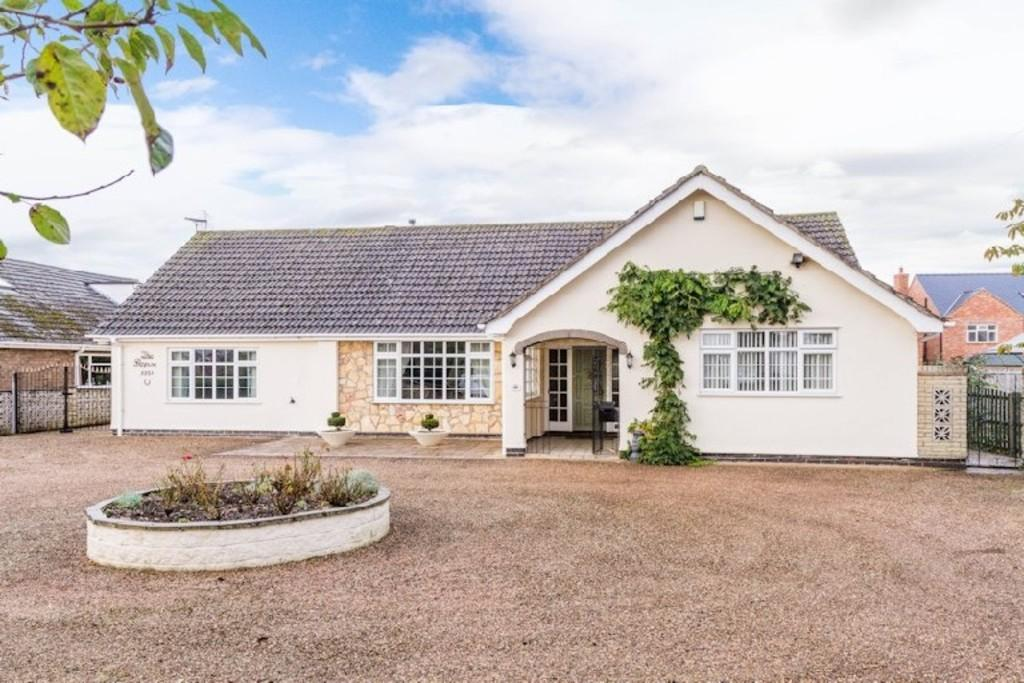3 Bedrooms Detached Bungalow for sale in Brant Road, Lincoln