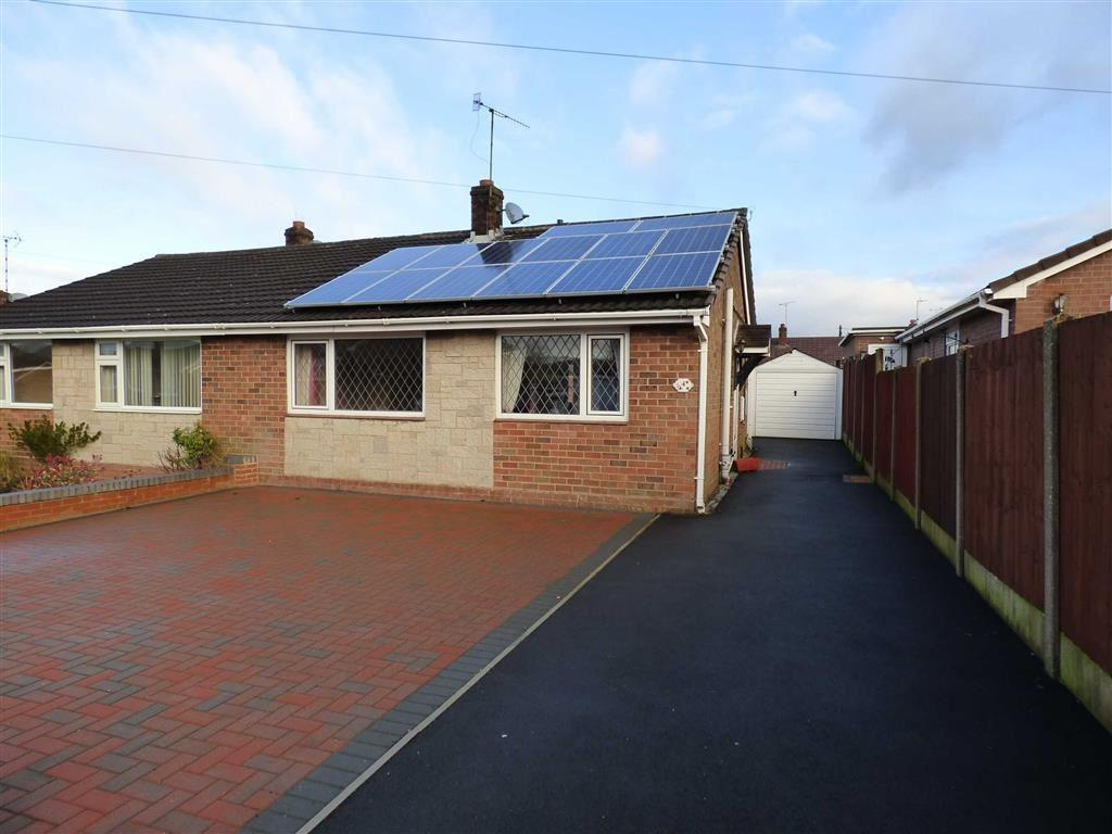 2 Bedrooms Semi Detached Bungalow for sale in 4, Conway Grove, Cheadle