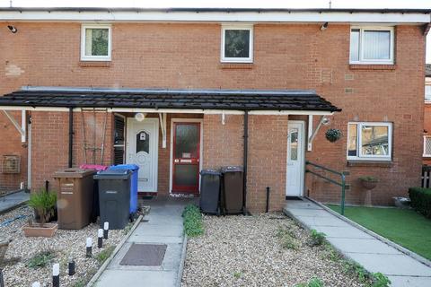 2 bedroom flat to rent - 18 Zinnia Drive, Irlam M44 5DP