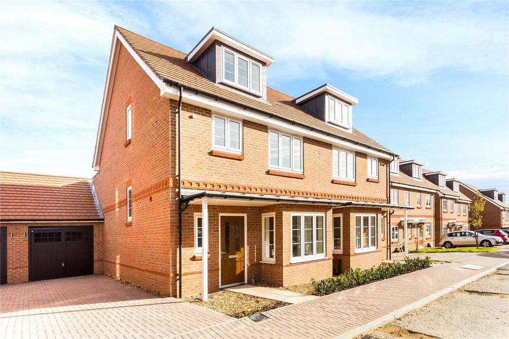 4 Bedrooms Semi Detached House for sale in Louden Square, Earley, Reading, RG6