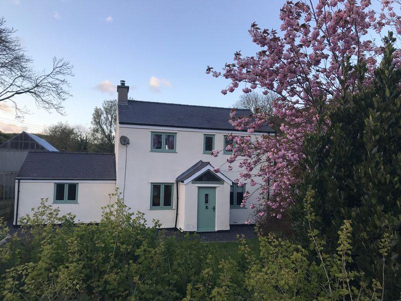 4 Bedrooms Equestrian Facility Character Property for sale in Gwalchmai, Anglesey