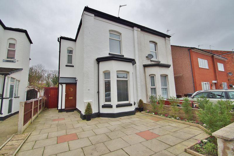 3 Bedrooms Semi Detached House for sale in 35 Gordon Street