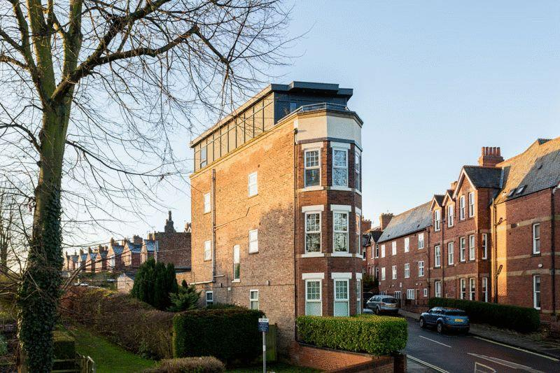 1 Bedroom Apartment Flat for sale in Grasmead House, Flat 4, 1 Scarcroft Hill, York YO24 1DF