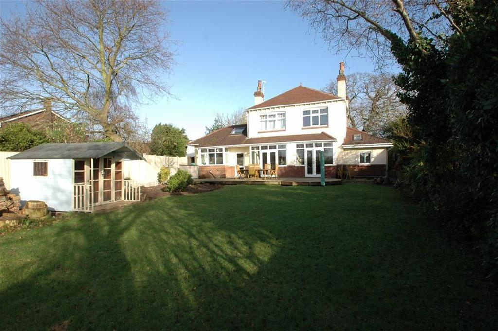 4 Bedrooms Detached House for sale in Townfield Lane, Mollington, Chester