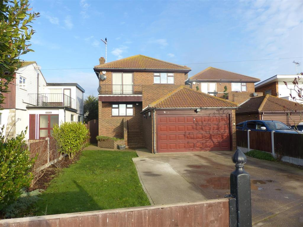 4 Bedrooms Detached House for sale in Marine Parade, Canvey Island