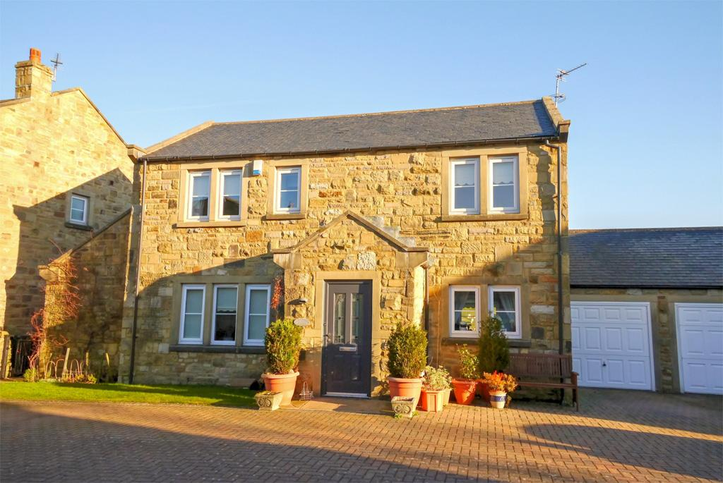 3 Bedrooms Detached House for sale in 14 Hartley Green, Long Preston