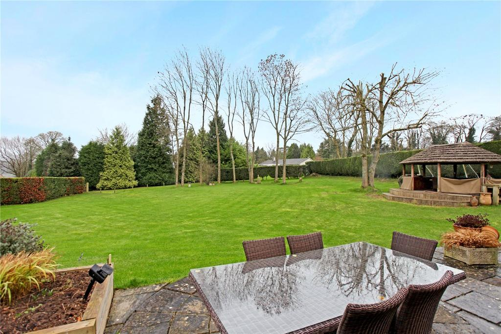 5 Bedrooms Detached House for sale in Gorselands, Edge, Stroud, Gloucestershire