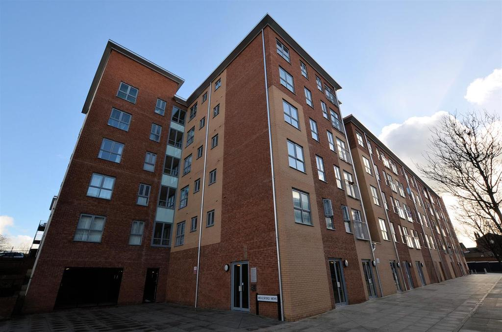 2 Bedrooms Apartment Flat for sale in Moulsford Mews, Reading