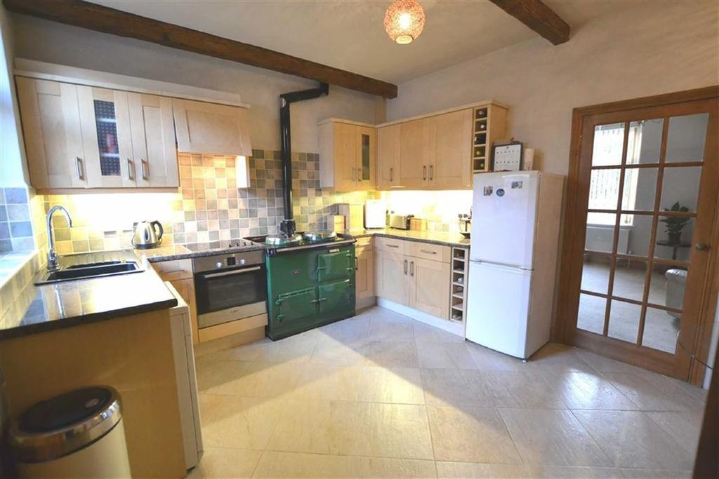 2 Bedrooms Terraced House for sale in Lambeth Street, Colne, Lancashire