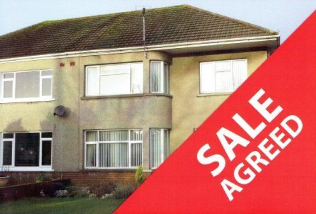 3 Bedrooms Semi Detached House for sale in ST. CHRISTOPHERS ROAD, NEWTON, PORTHCAWL, CF36 5RY