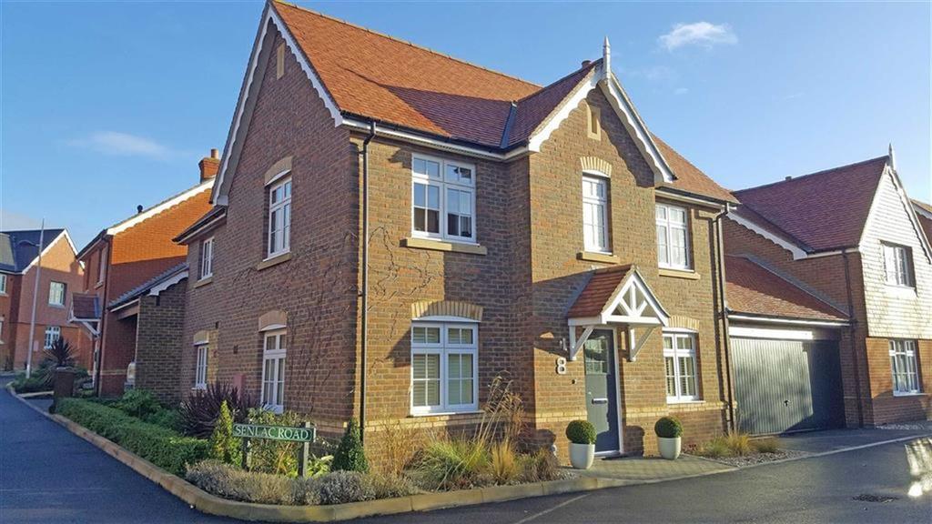 4 Bedrooms Detached House for sale in Hailsham